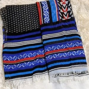 Express square scarf